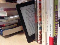 książki tradycyjne i elektroniczne